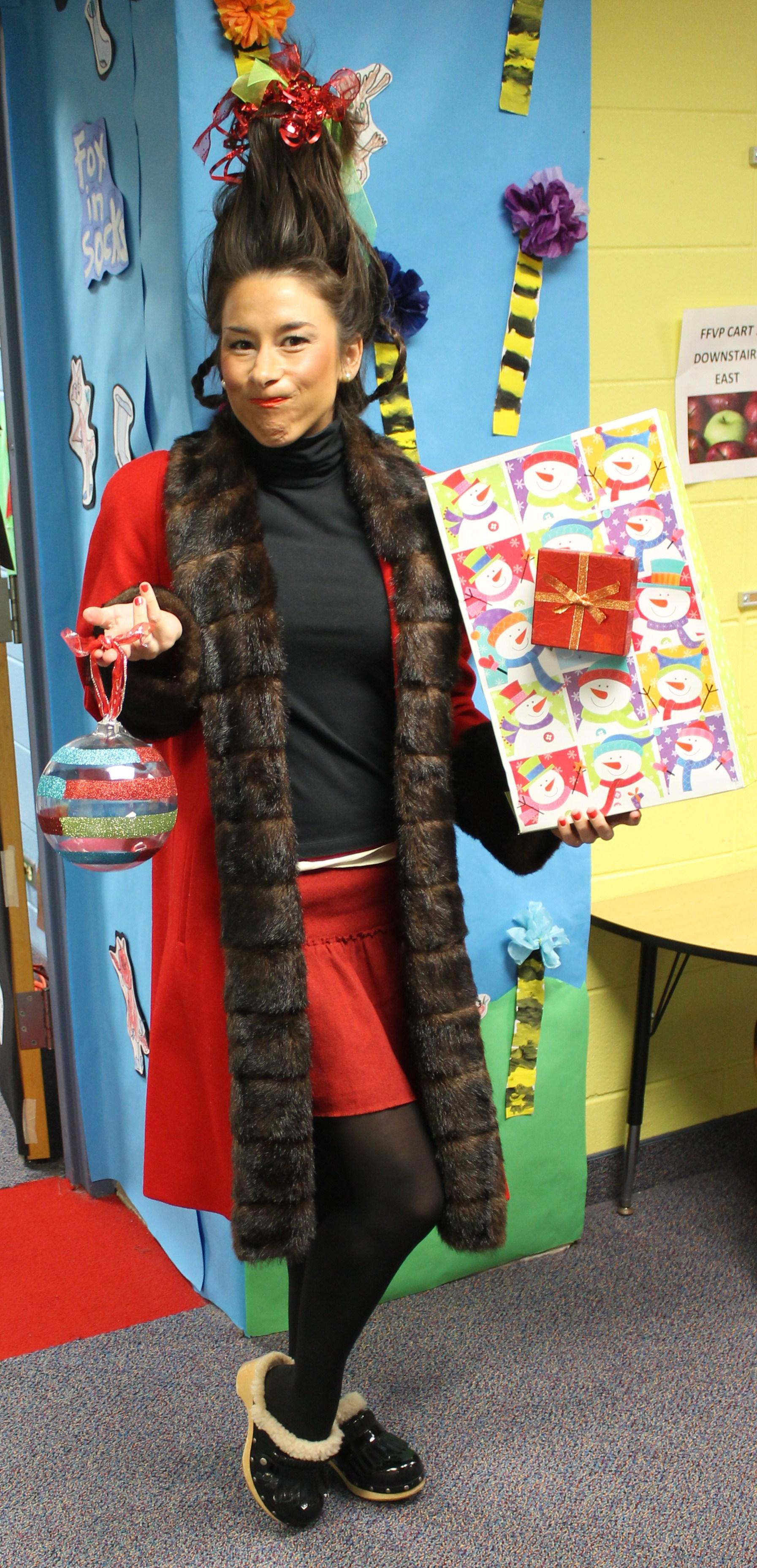 Classroom Attendance Ideas ~ Roan holds seuss themed family fun night